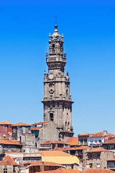 Clerigos-turm (torre dos clerigos), porto, portugal