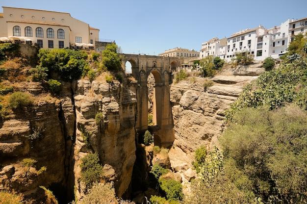 Cliffs in der nähe von el puente nuevo in ronda