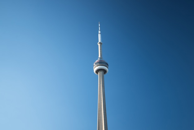 Cn tower in toronto, kanada