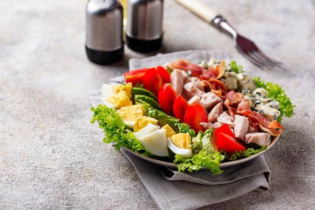 Cobb-salat, traditionelles amerikanisches essen