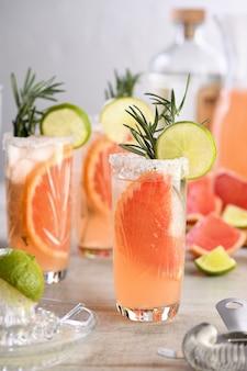 Cocktail rosa paloma