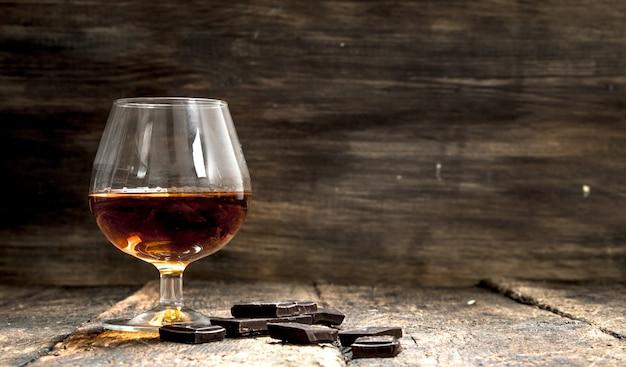 Cognac mit bitterschokolade.