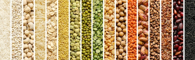 Collage aus getreide und hülsenfrüchten: reis, erbsen, linsen, bohnen, hirse, buchweizen, kichererbse. ansicht von oben. header-banner der website
