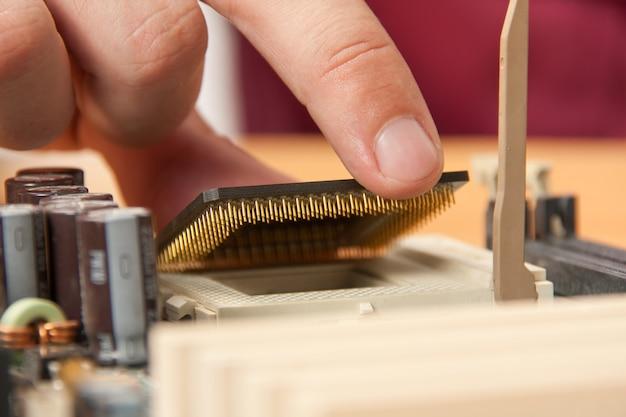 Computerprozessor installieren