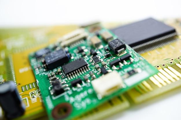 Computerschaltkreis cpu-hauptbrettelektronikgerät: konzept der hardware und der technologie.