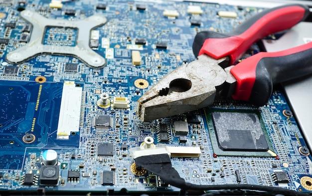 Computerschaltungs-cpu-hauptplatine-elektronikgerät: konzept von hardware und technologie.