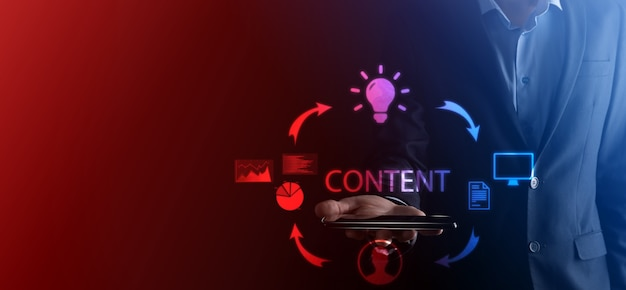 Content-marketing-zyklus, der die veröffentlichung von inhalten für eine zielgruppe online erstellt und analysiert