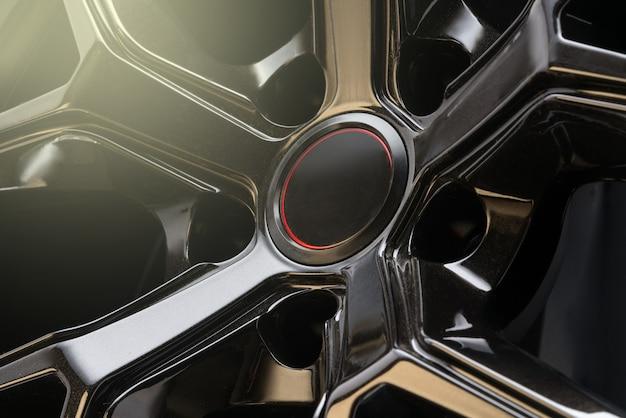 Cooles schwarzes aluminium-druckguss-autorad, leichte geschmiedete leichtmetallfelgen.