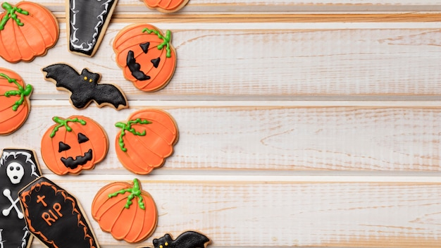 Copy-space-leckereien mit halloween-thema