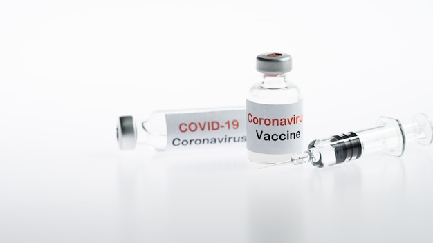Coronavirus-impfstoffflaschen