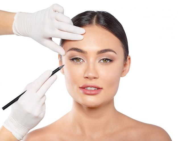 Cosmetology schönheitskonzept der plastischen chirurgie