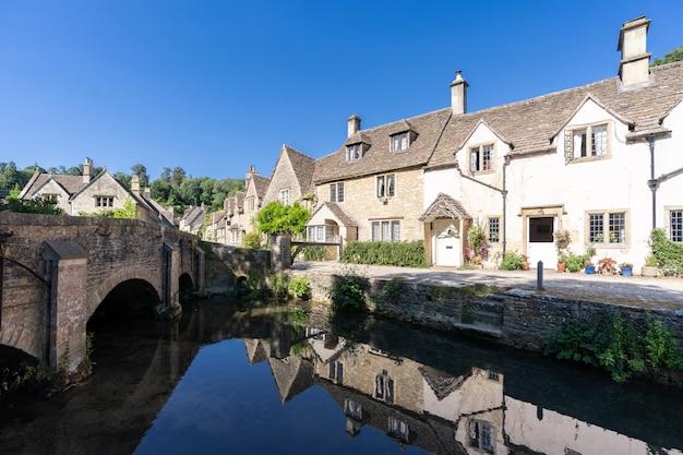Cotswolds-dörfer in england großbritannien