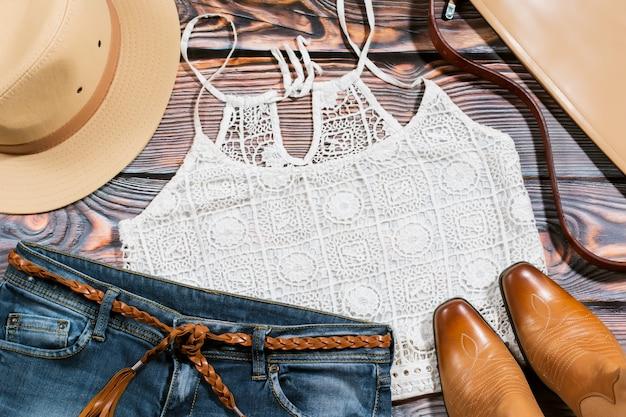 Cowgirl-outfit - overhead trendiger freizeitkleidung für frauen