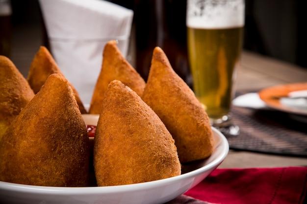 Coxinha, ein brasilianischer snack