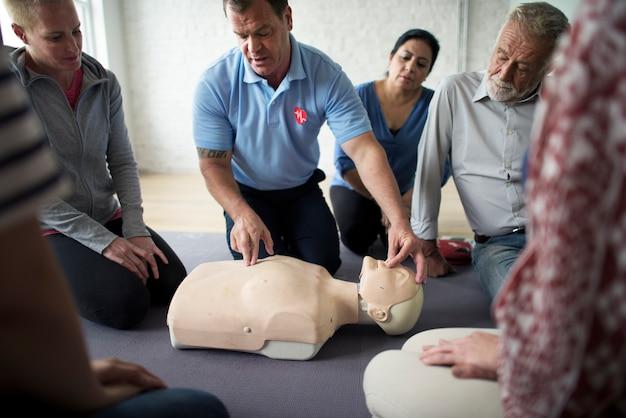 Cpr-erste-hilfe-trainingskonzept