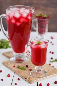 Cranberrysaft, alkoholfreies getränk.