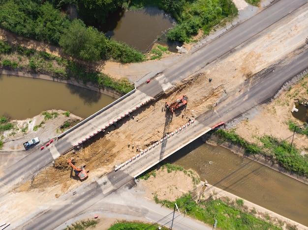Crane pile-operator-job