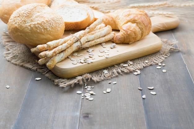 Croissant und brot