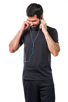 Crossfit musik lachen athletischen mann