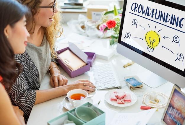 Crowdfunding geld business glühbirne grafikkonzept