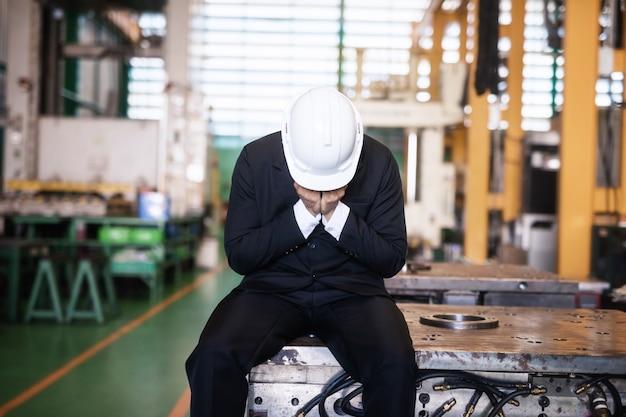Cry fabrikbesitzer im lager