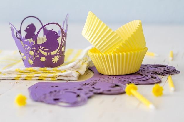 Cupcake-dekorationen mit kerzen