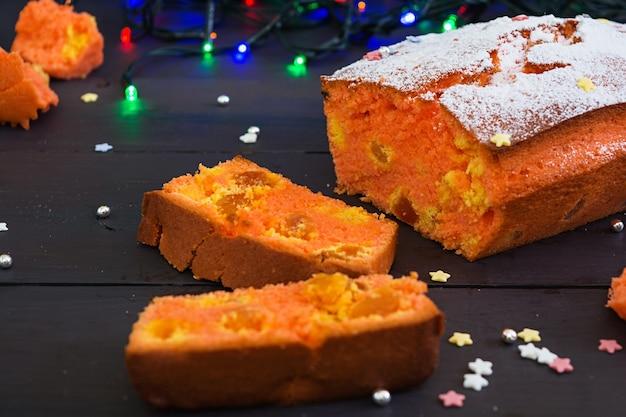Cupcake mit orangen und getrockneten aprikosen