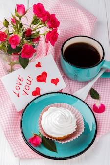 Cupcake und kaffee