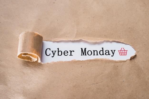 Cyber monday inschrift und bastelblatt