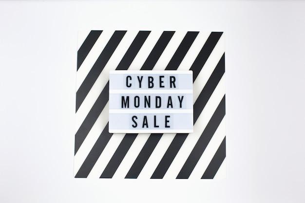 Cyber monday-verkaufstext auf lightbox-banner