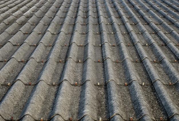 Dachziegel aus beton.