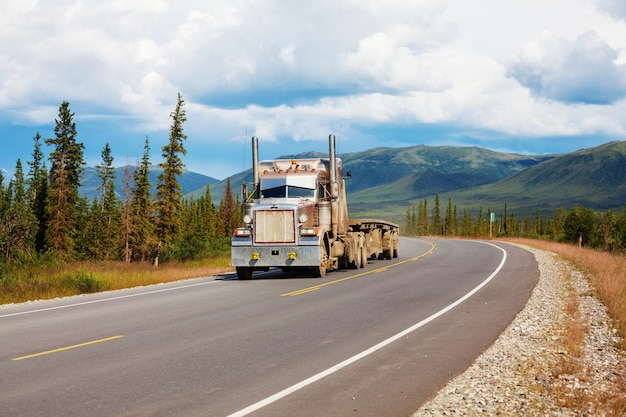 Dalton highway in alaska Premium Fotos