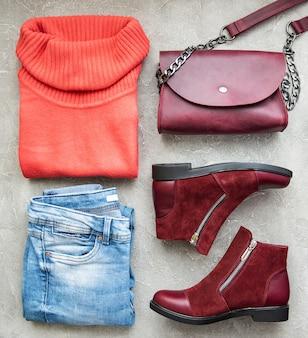 Damenbekleidung, tasche, stiefel