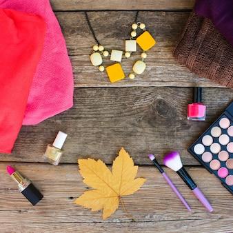 Damenbekleidung und kosmetik