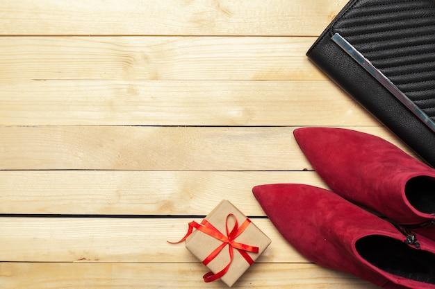 Damenschuhe und accessoires