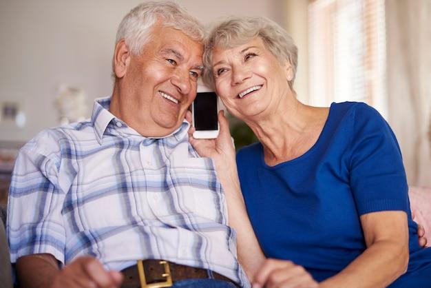 Dank der technologie sind wir immer in kontakt