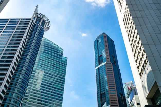 Das äußere des zentralen geschäftsviertels von singapur ist ein zentrales finanzzentrum asiens