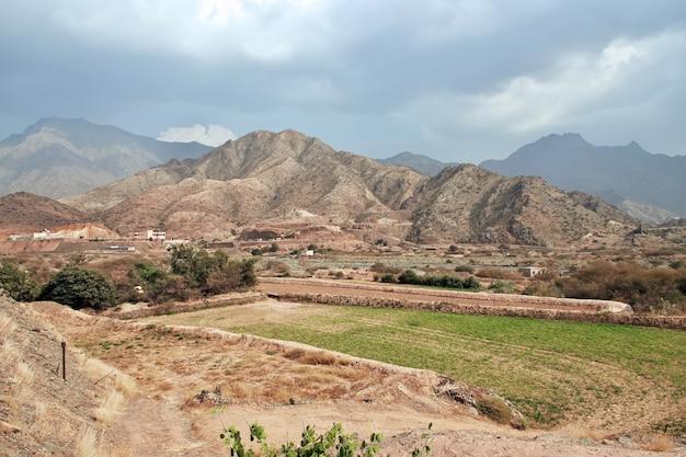 Das alte fort im hejaz-gebirge, provinz mekka, saudi-arabien