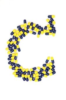 Das buchstabe c-alphabet gemacht von den medizinischen kapseln