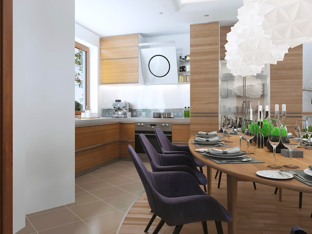 Das design der essküche in einem modernen stil mit einem esstisch und küchenmöbeln sowie holzmöbeln in hellen farben mit stühlen ist mit auberginenfarben aus stoff bezogen.