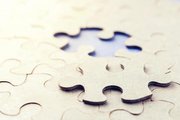 Das fehlende puzzleteil. ein puzzlestück ist nicht dabei