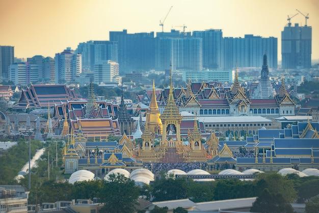 Das königliche krematorium für könig bhumibol adulyadej in sanam luang.