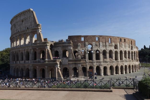 Das kolosseum, ein symbol der antike und der stadt rom