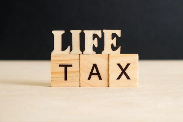 Das konzept, steuern auf das leben zu zahlen.