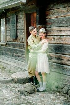 Das lang erwartete treffen mit princess bride und ihrem ritter-retrostil wurde intensiviert