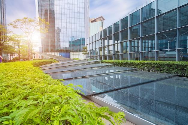 Das moderne gebäude des lujiazui-finanzzentrums in shanghai-porzellan