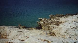 Das tiefblaue meer von vela luka, kroatien