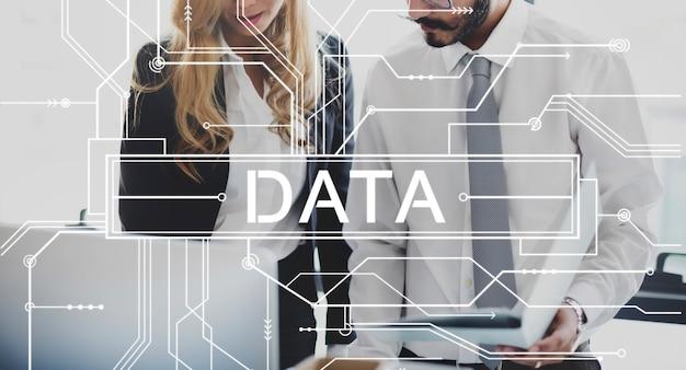 Daten-online-technologie-internet-leiterplatten-konzept