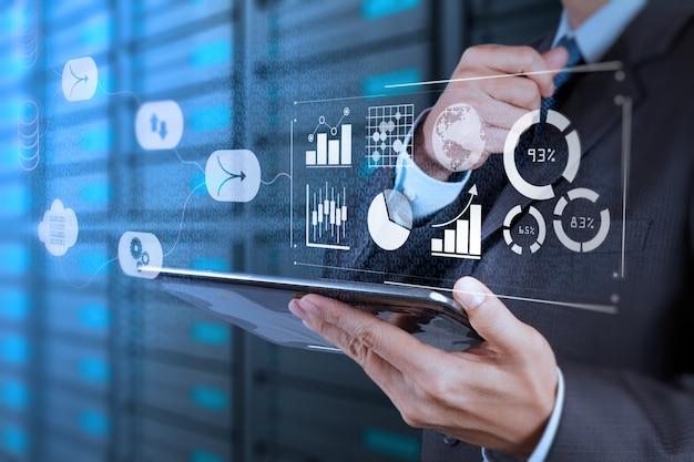Datenmanagementsystem (dms) mit business analytics-konzept.