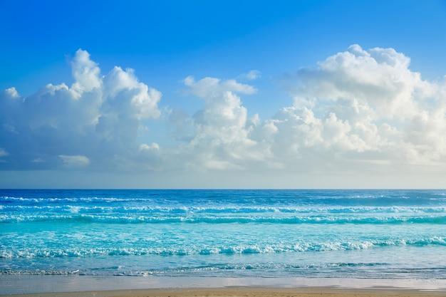 Daytona beach in florida-uferwellen